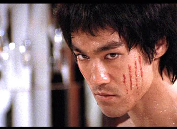 Bruce Lee ne ofera 10 lectii de viata din care sa ne inspiram