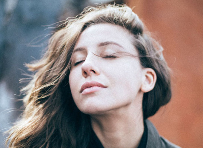 10 caracteristici ce descriu perfect ce inseamna sa fii introvertit